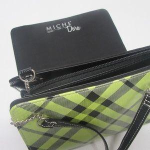 Miche Bags - Brand New Miche Petite Black Base with Dora Shell